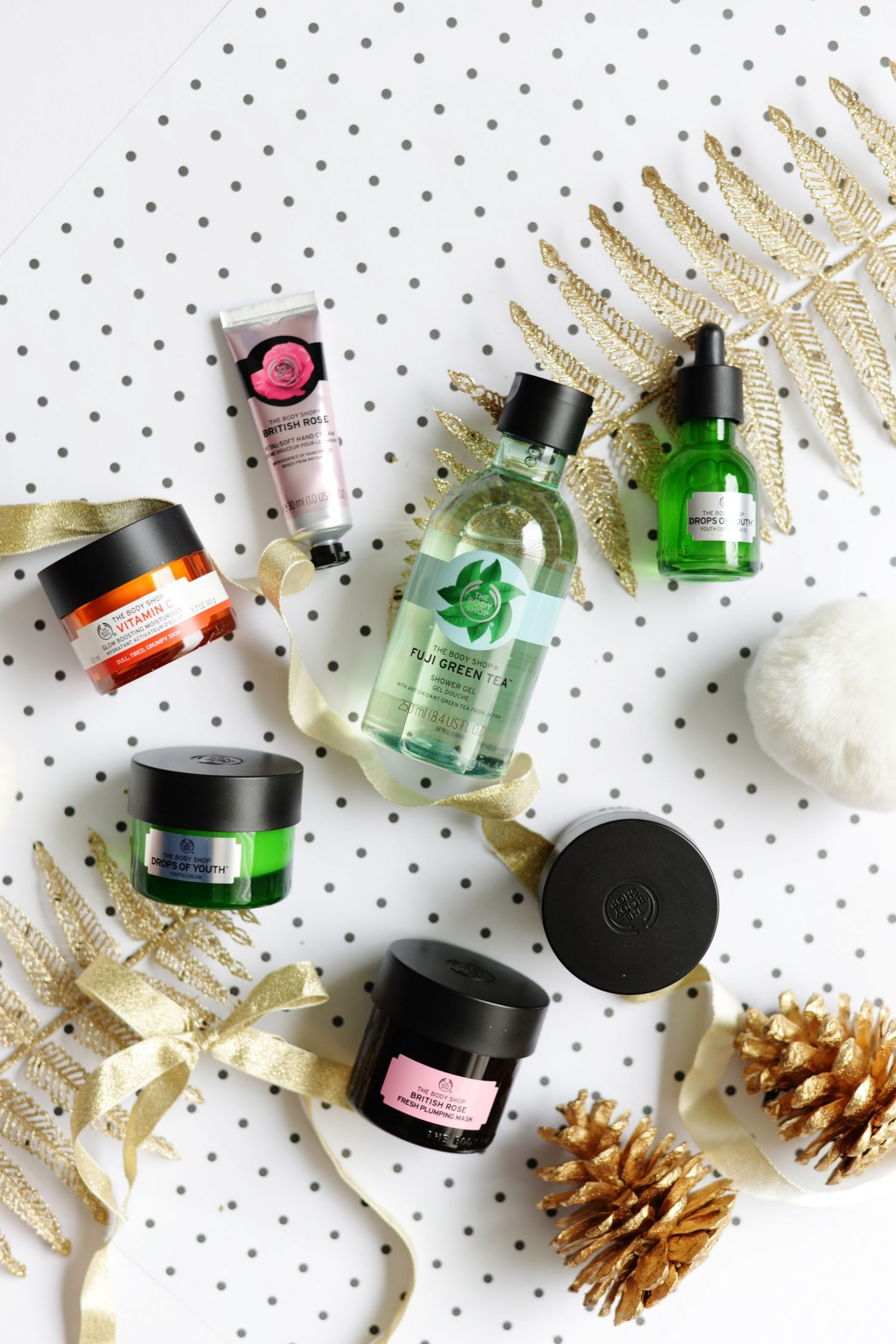 Last Minute Christmas Gifts with The Body Shop*